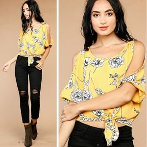 Papaya Floral Yellow Open Sleeve Front Tie Top M